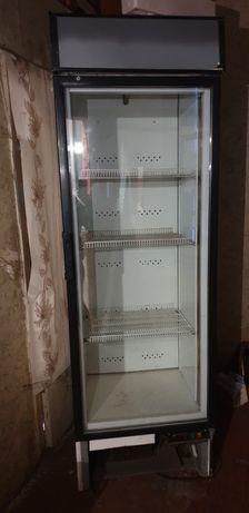 Холодильник ветриной, б/у  рабочий