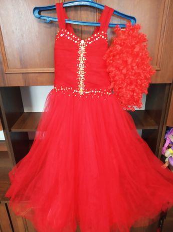 Нарядное, бальное платье