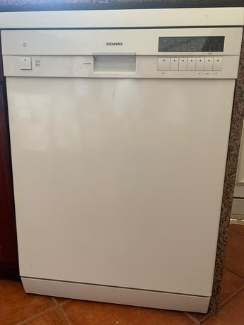 Máquina Lavar Loiça SIEMENS *EXCELENTE*