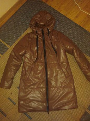 Зимова куртка з еко шкіри хорошої якості
