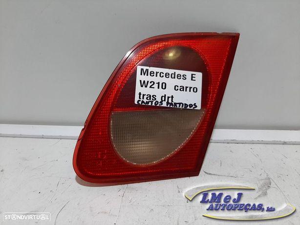 Farolim da mala COM DEFEITO Dto Usado MERCEDES-BENZ/E-CLASS (W210) 1er modelo RE...