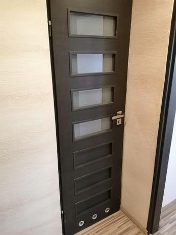 Drzwi wewnętrzne 60cm-lewe na klucz