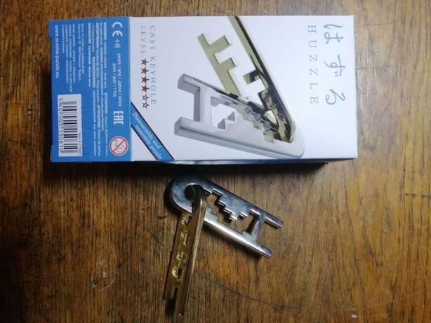 Головоломка huzzle cast puzzle keyhole