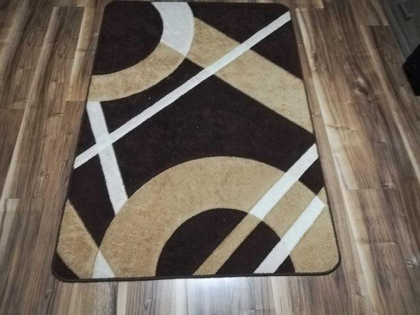 Sprzedam dywan mało używany