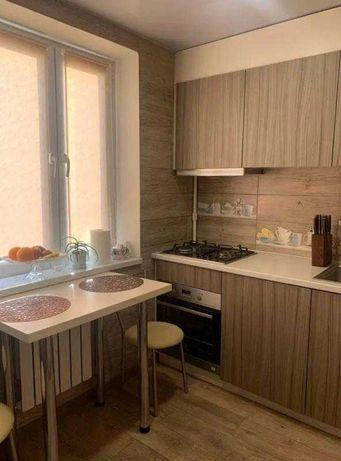 Продам 1 комнатную квартиру на Холодной Горе с капитальным ремонтом