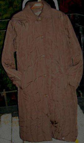 Leciutki, nowy ciepły płaszcz, pikowany, w kolorze czekolady