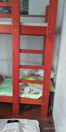 Продам двохповерхове дитяче ліжко