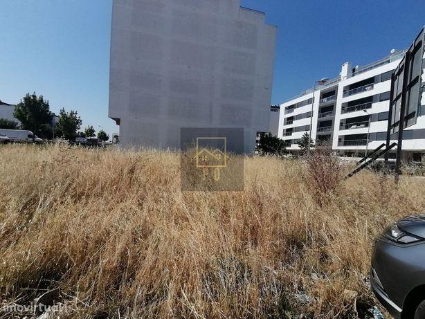 Terreno Para Construção Com Projecto Aprovado,Montijo.