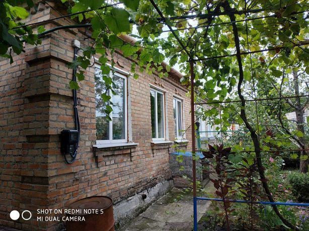 Кирпичные пол дома на Оз. Балке с отдельным двором