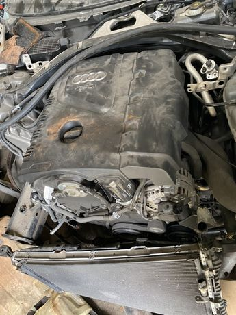 Мотор кришка мотора ауди audi a6 c7