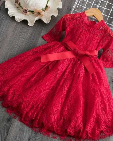 Czerwona koronkowa sukienka 98 - 128