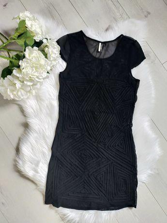 Czarna elastyczna sukienka