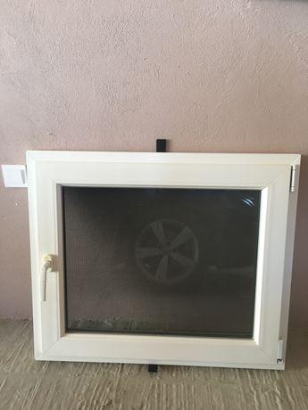 Вікно 88х74.5 б/в