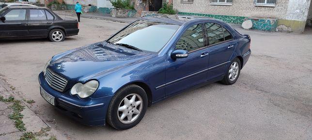Продам Mercedes C класса