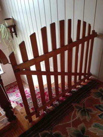 Bramka zabezpieczająca schody