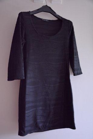 Vestido Preto Silhueta Noite Elegante Primark