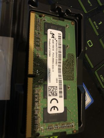 4gb  ram  DDR4 1rx16 pc4-2666v-sc0-11 jak nowy