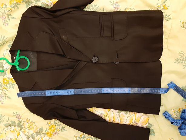 Фирменный костюм тройка BOZER