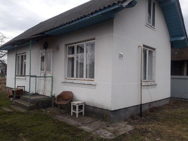 Будинок + земельна ділянка ( Богородчани, центр)