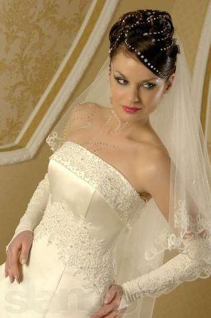 свадебное платье атласное расшитое стразами размер 48-50