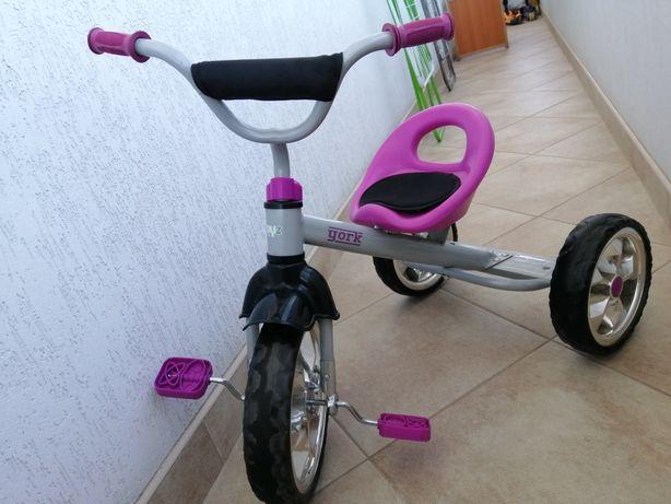 Велосипед триколісний Caretero York для дівчинки