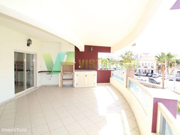 Fantástico Apartamento T2 em Ferragudo, Zona Ribeirinha a...