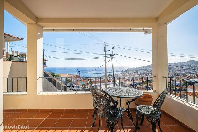 Moradia T3 na Rochinha vista definitiva para a Baía do Funchal!