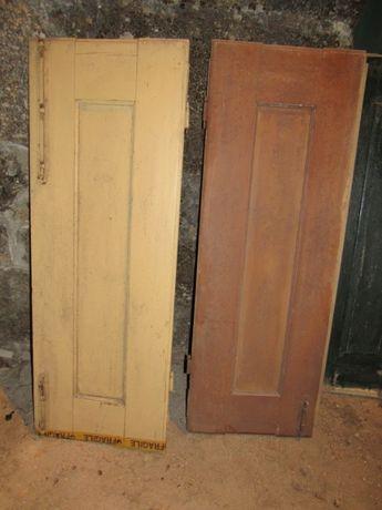 2 portadas duplas antigas de madeira maciça