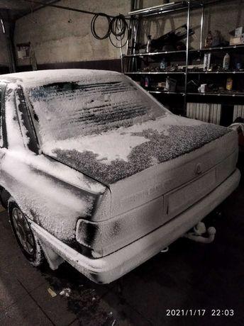 Sierra 1991г. 2.0i. DOHC Ford