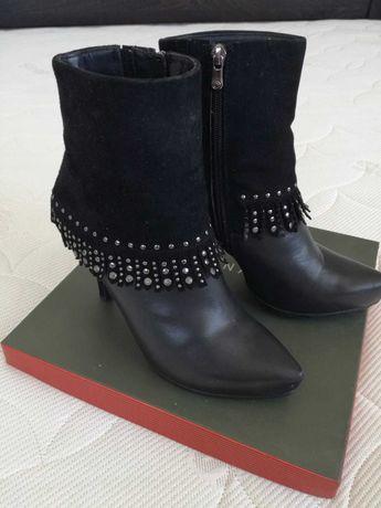 Продам теплые зимние ботинки