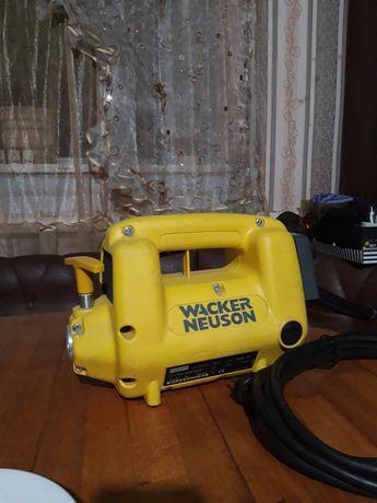Привод погружного вибратора WACKER NEUSON M2000/230/RFI