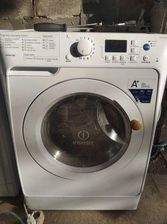 Продам пральну машину індезіт прайм на 7 кілограм 1200 віджиму