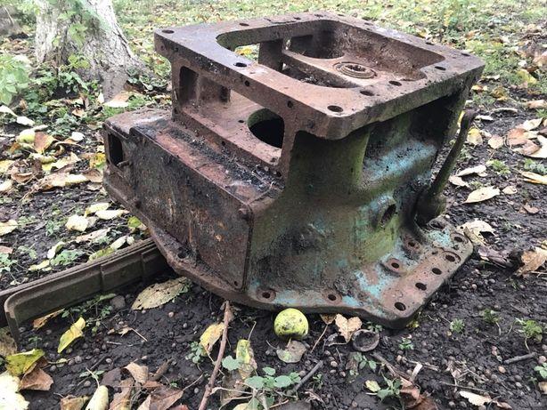 Проміжутний блок до трактора
