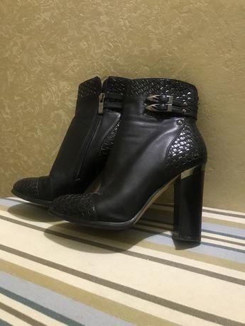 Полуботики Ботинки женские женская обувь