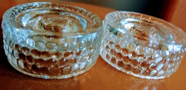 2 małe szklane świeczniki