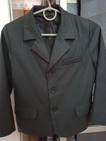Школьная форма (пиджак и жилет)