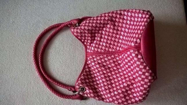 Sliczna rozowa torebka z CCC