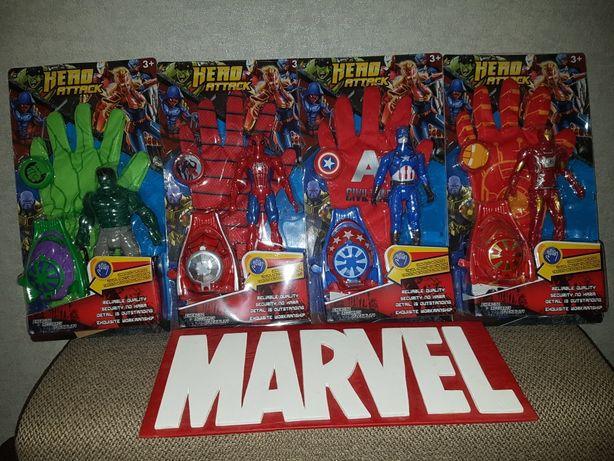 Игровой набор: Перчатка Супергероя Марвел+фигурка+дискометатель+диски.