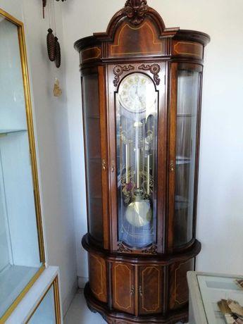 Relógio Coluna Antigo