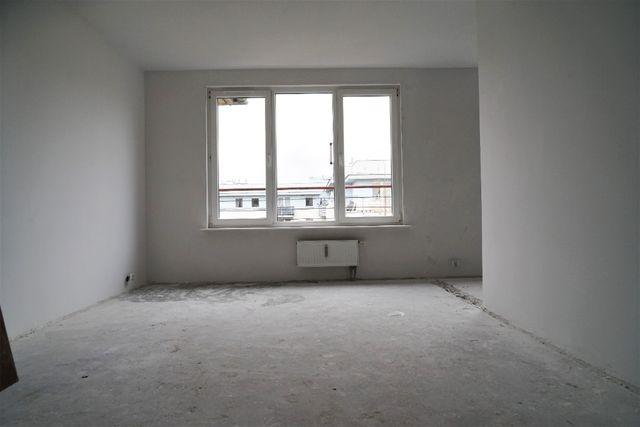 73 m2 trzypokojowe, dwupoziomowe w Piasecznie, BEZPOŚREDNIO