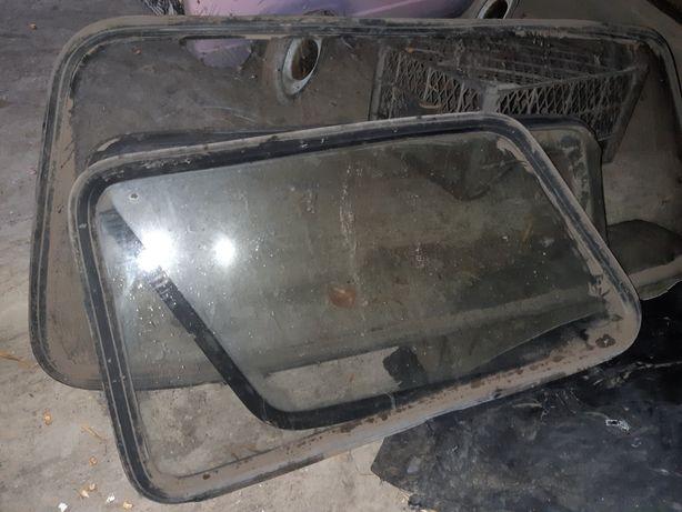 Заднє і бокові стекла на ЗАЗ 968М