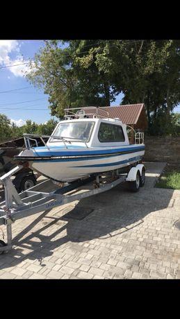 Лодка с лафетом