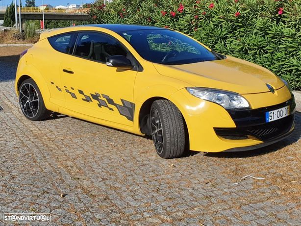 Renault Mégane Coupe R.S. CUP