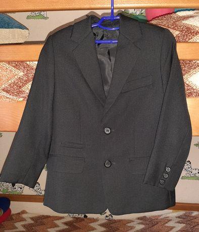 Шкільний піджак 1 - 2 клас.