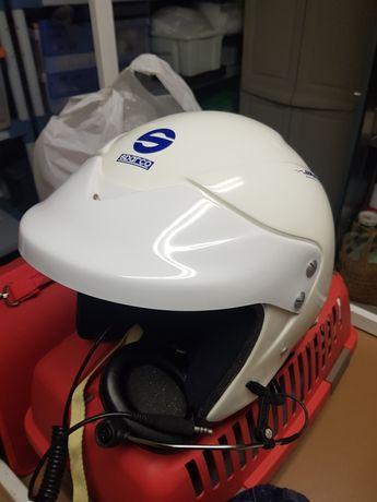 2 capacetes SPARCO