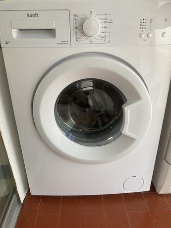Máquina de Lavar Roupa (5 kg - 600 rpm - Branco)