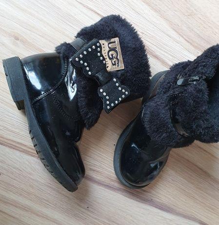 Buty dla dziewczynki 23 kozaczki