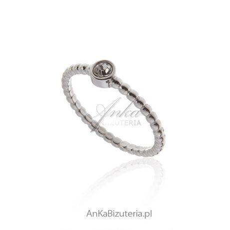 ankabizuteria.pl Pierścionek srebrny z białą cyrkonią