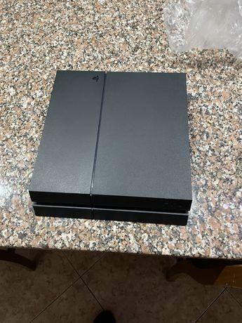 Playstation 4, ps4 1tb + comando original + 4 jogos.