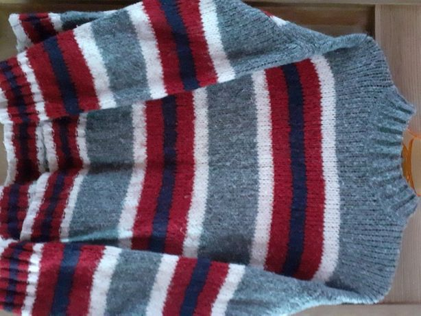 Sweterek damski ciepły